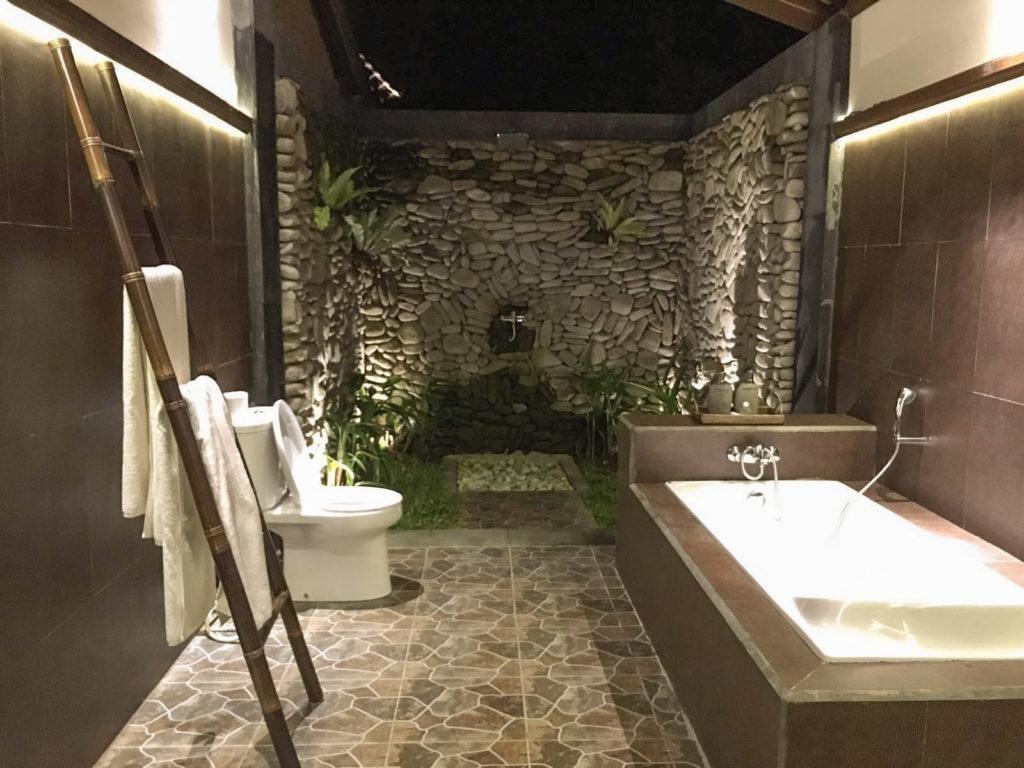Bagno Esterno In Giardino design balinese: idee per trasformare la tua casa | in